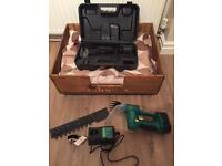 Hand held 18v battery hedge and grass trimmer