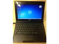 Toshiba NB500 10inch Laptop netbook