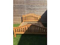 Beautiful super king size oak bed frame, excellent condition, 6ft wide.