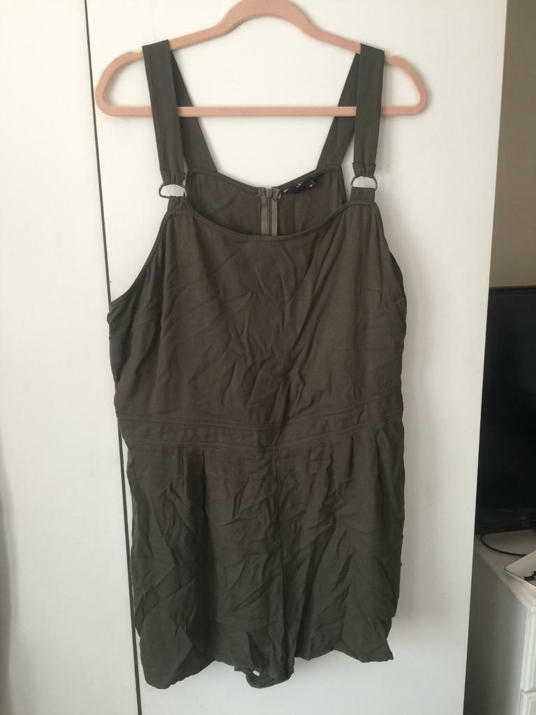 a02fc60bb6 New Look Khaki Green Playsuit Size 16
