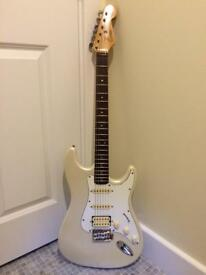 Vintage Encore Stratocaster 1988 White with new Fender Decals
