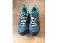 Salomon ladies Goretex shoes size 7