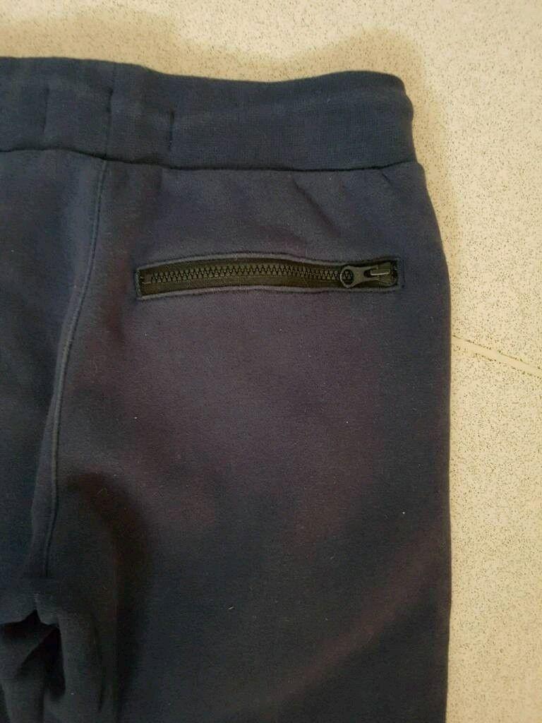 a5097ba6a9bb Boys Age 8-10yrs JD Sports Navy Fleece Nike Air Max Jogging Bottoms ...