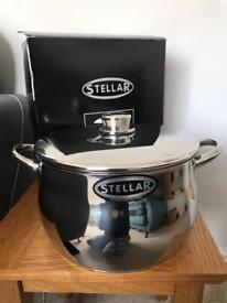 Stellar 1000 24cm stockpot