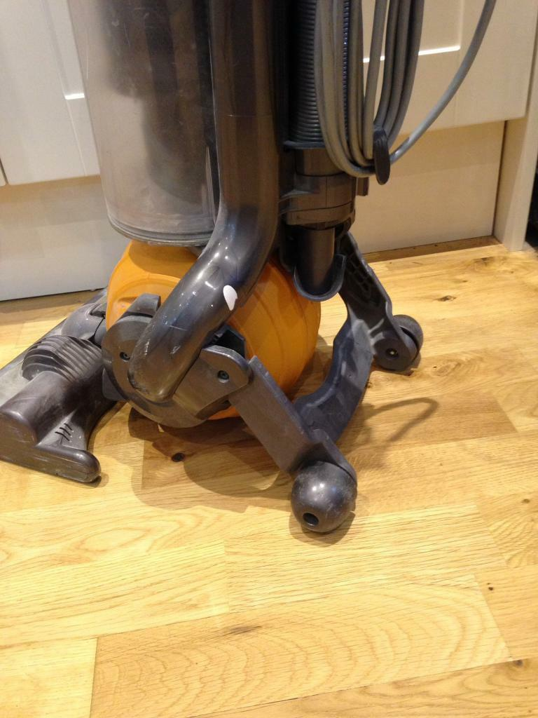 Dyson dc25 hoover