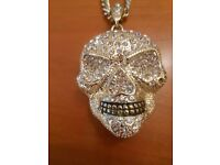 *Skull diamond Necklace*