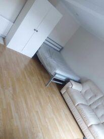 1 bed studio apartment