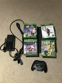 XBOX 1 With 10+ Games and Controller