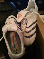 Adidas Womans Cleats Like New!