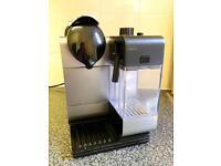 Nespresso Coffee Machine - Delonghi EN520 in Black