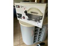 Weber Q1000 BBQ and gas