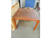 1m square teak table with parasol holder