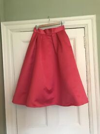 Beautiful Coral Coast Skirt Size 12