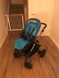 Silver Cross Wayfarer Travel System sky blue and graphite chassis