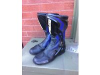 """GENTS """"FALCO"""" MOTORCYCLE BOOTS SIZE=48=UK 8"""