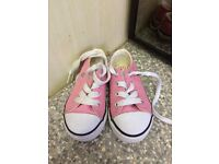 Girls toddler shoes size 5 x4