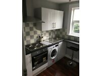 Beautiful Large Double Room to rent in Quiet house