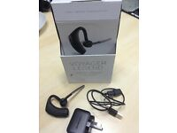 VOYAGER LEGEND, PROFESSIONAL GRADE AUDIO SMART CALL MANAGEMENT ALL DAY COMFORT CALLER ID