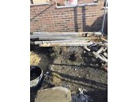 Used fence posts good condition
