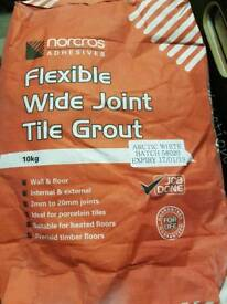 Flexible wide joint grout white