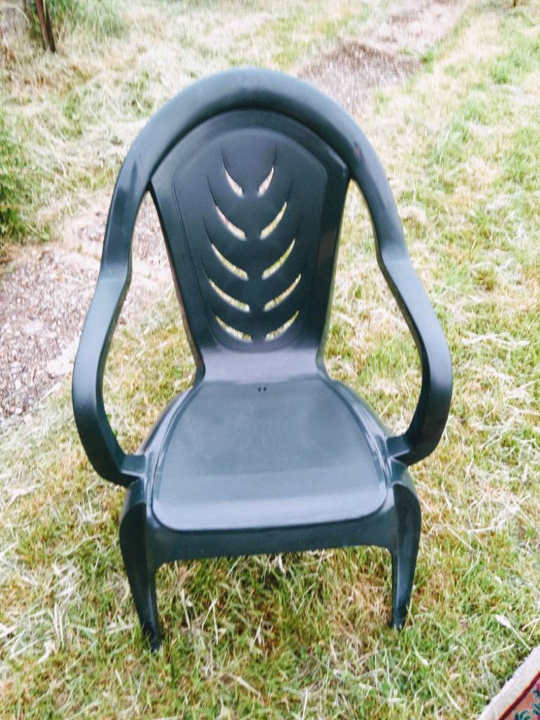 For sale set of 4 garden chairs in hard plastic these chair are almost new