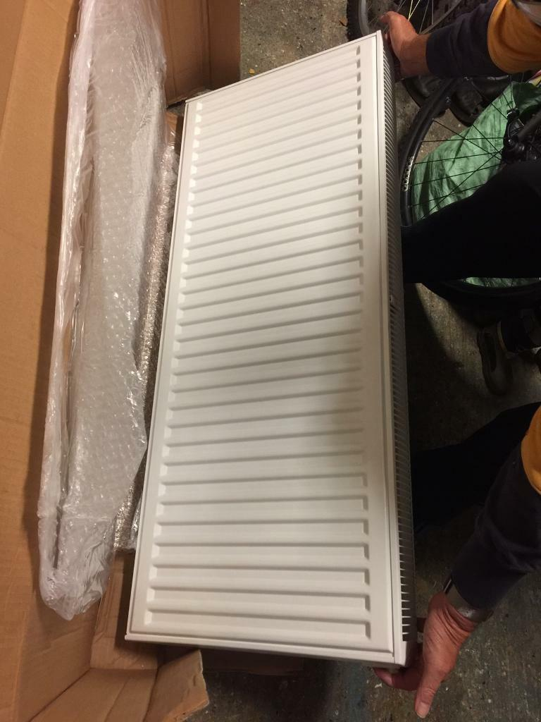 Brand new and boxed Stelrad double radiator white