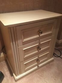 Small chest of 3 drawers (light oak effect) reduced