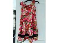 Floral dress Size 14 new with tags
