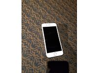 Iphone 6 mint condition with box unlocked only used 1 month