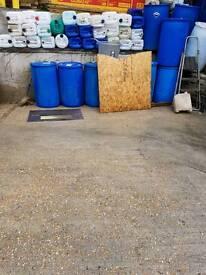 Barrels for sale 20 liter or 200 liter