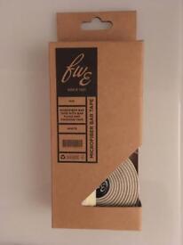 White fwe evans microfiber bar tape, bike handlebar tape