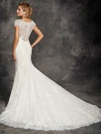 Size 8 Ella Rosa bridal gown be253