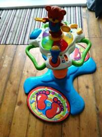Baby/Toddler's Adjustable Stand