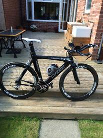 TREK EQUINOX 9000 TTX 9.9 SSL Full Carbon Fibre time trial / triathlon bike