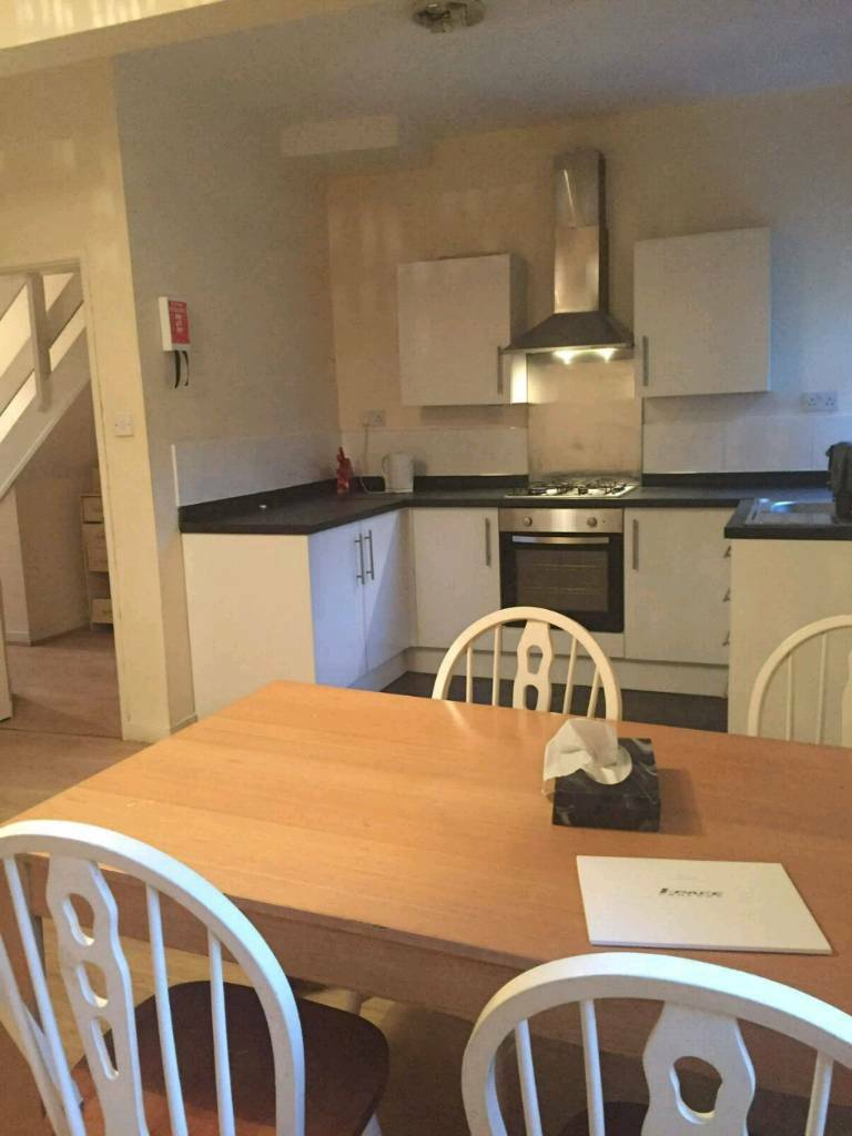 Rooms to let all bills included, wifi £60 pw