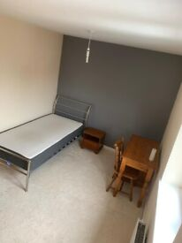 Room to rent in Royal Wootton Bassett
