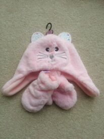 Brand New Baby Girl Pink Bunny Hat & Mittens Set