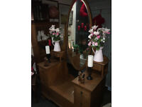 Beautiful Antique Art Deco Solid Oak Dressing Table with Large Oval Mirror & Drawers