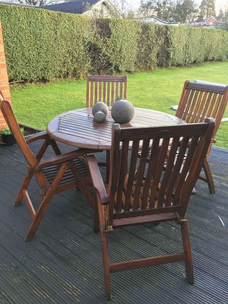 Wooden garden furniture - x4 reclining chairs & table | in ...