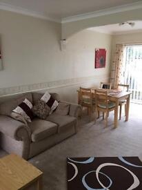 Comfortable furnished double room all bills included