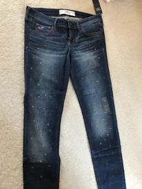 Hollister Jeans BNWT Size 5R