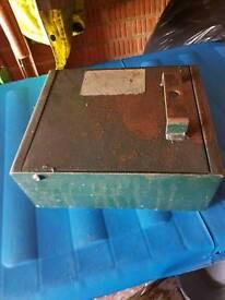 Strong box / safe