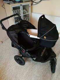 Out&About double strolley with carrycot