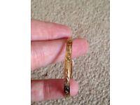 Child gold bangle/bracelet