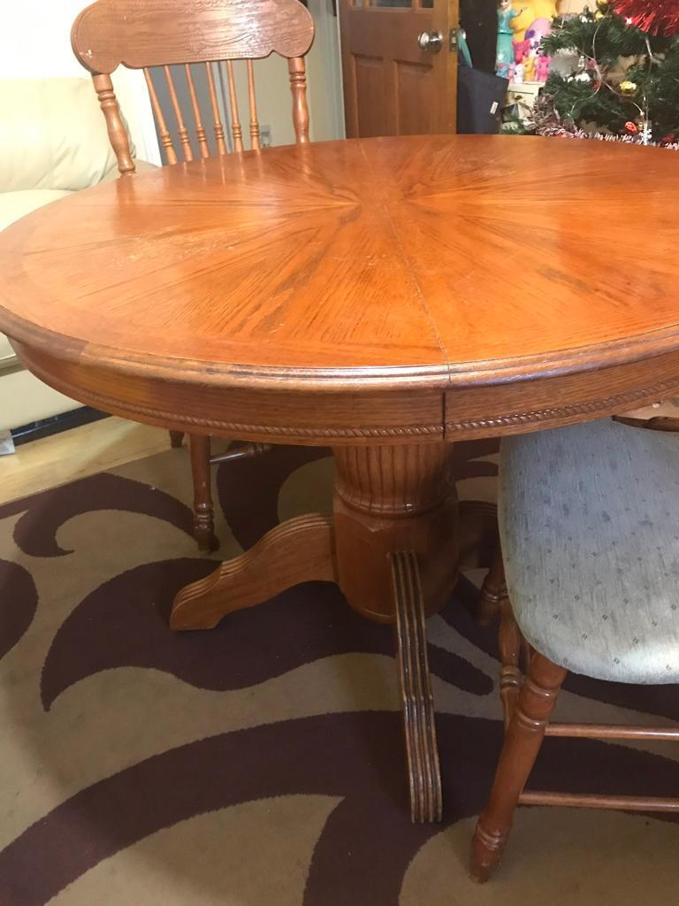 best loved 8c516 bf79e Extended Oak round table + 6 chairs | in Edmonton, London ...