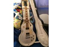 Gibson Les Paul Signature 'T' Alpine White Burst with Min-ETune & hard case