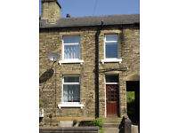 Mid Terrace, Front Facing, Back to Back Property - Fully Furnished - Dewhurst Road, Fartown, HD2