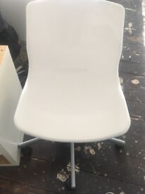 IKEA SNILLE Swivel Chair (white)