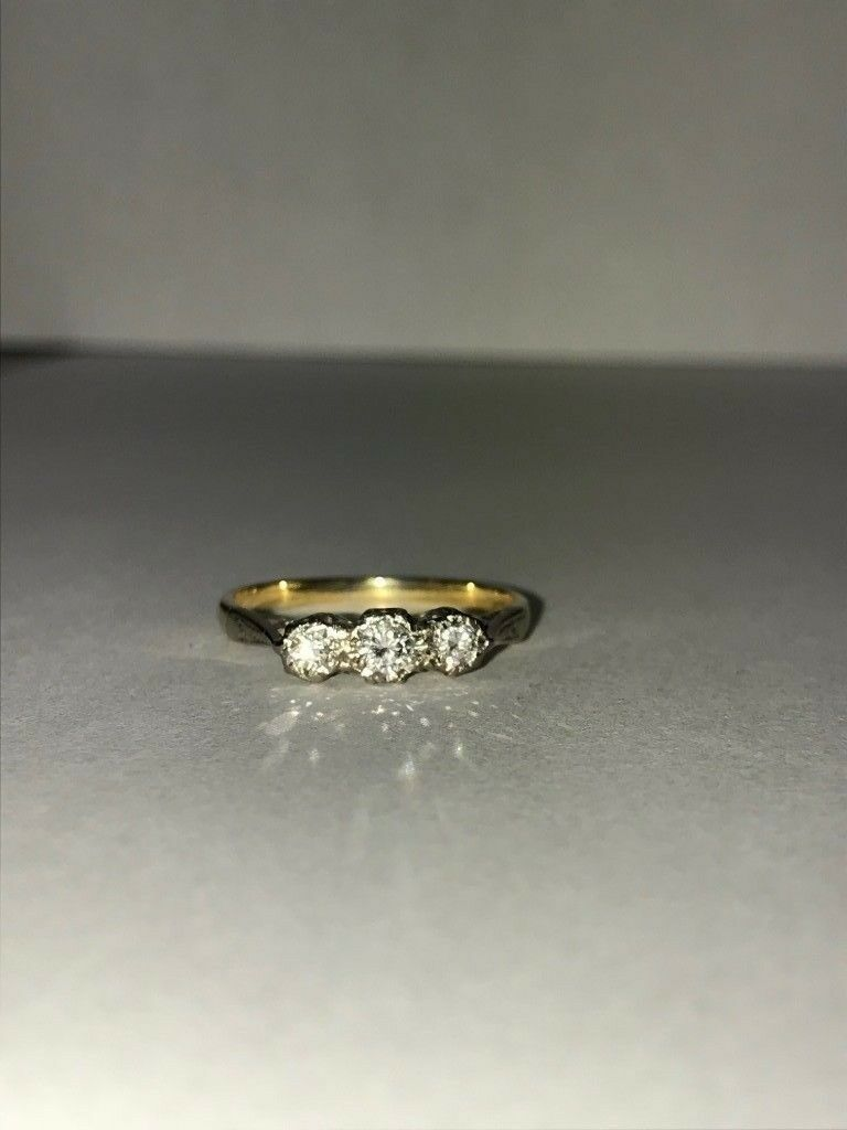 18ct Diamond Ring 1.94g Size K