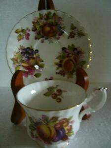 VINTAGE FRUIT PATTERN ROYAL ALBERT CUP/SAUCER #4486